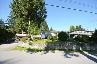 Photo 17: 480 GREENWAY AV in North Vancouver: Upper Delbrook House for sale : MLS®# V1003304