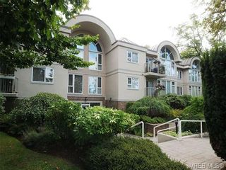 Photo 1: 201 9905 Fifth St in SIDNEY: Si Sidney North-East Condo for sale (Sidney)  : MLS®# 682484