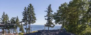 Photo 2: 1382 132B STREET in South Surrey White Rock: Crescent Bch Ocean Pk. Home for sale ()  : MLS®# R2046437