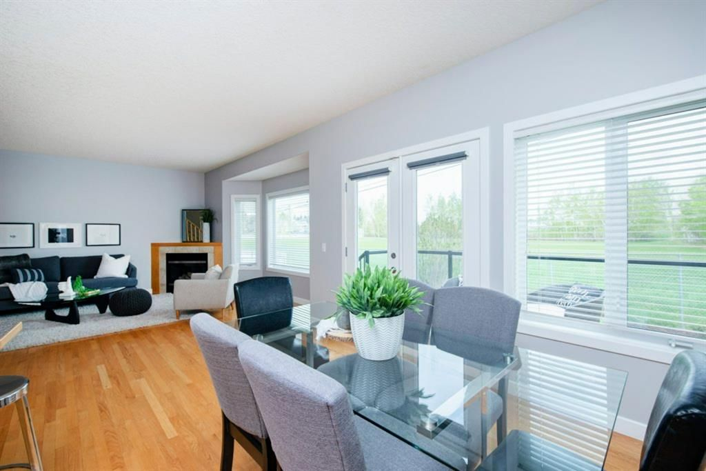 Photo 12: Photos: 32 Prominence Park SW in Calgary: Patterson Row/Townhouse for sale : MLS®# A1112438