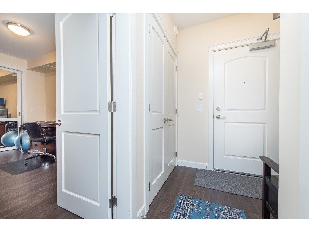 """Photo 4: Photos: A110 20716 WILLOUGHBY TOWN CENTRE Drive in Langley: Willoughby Heights Condo for sale in """"Yorkson Downs"""" : MLS®# R2491391"""