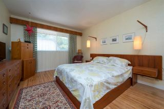 Photo 12: 4486 LIONS Avenue in North Vancouver: Canyon Heights NV House for sale : MLS®# R2591292