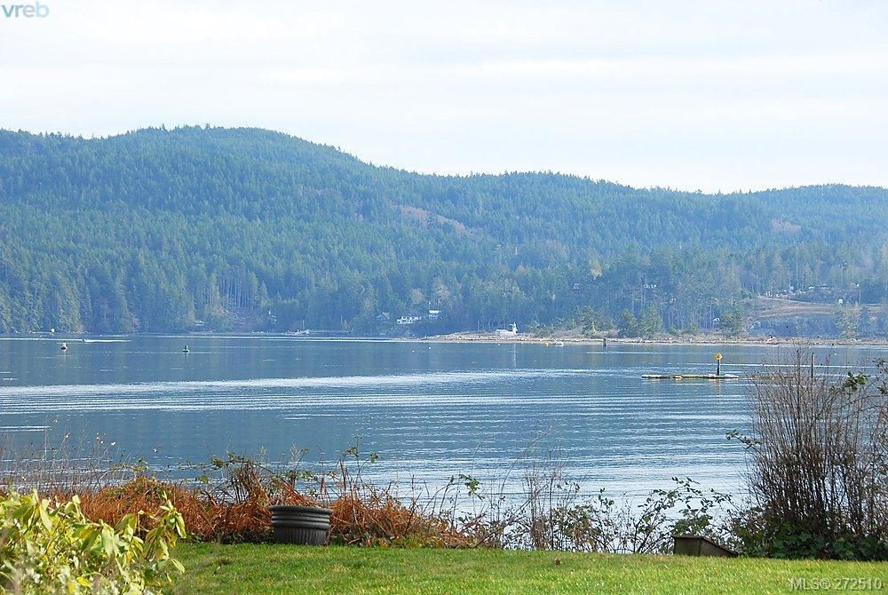 Main Photo: 6961 Wright Rd in Sooke: Sk Whiffin Spit House for sale : MLS®# 272510