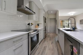 Photo 11: 114 687 STRANDLUND Ave in : La Langford Proper Row/Townhouse for sale (Langford)  : MLS®# 874976