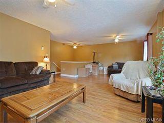 Photo 4: 1039 Haslam Ave in VICTORIA: La Glen Lake Half Duplex for sale (Langford)  : MLS®# 751398