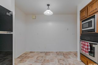 Photo 12: 122 Gustin Crescent in Saskatoon: Silverwood Heights Residential for sale : MLS®# SK862701