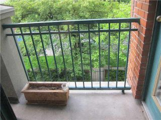 """Photo 12: 302 929 W 16TH Avenue in Vancouver: Fairview VW Condo for sale in """"OAKVIEW GARDEN"""" (Vancouver West)  : MLS®# V1122084"""