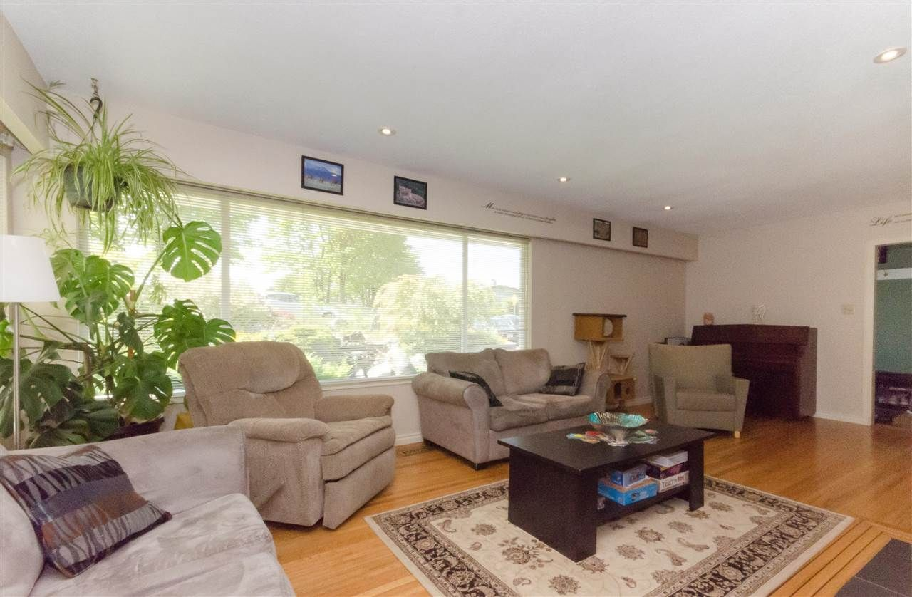 Photo 15: Photos: 1939 EASTERN Drive in Port Coquitlam: Mary Hill House for sale : MLS®# R2516960