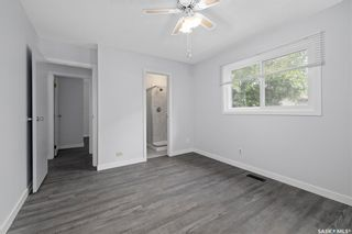 Photo 17: 635 ACADIA Drive in Saskatoon: West College Park Residential for sale : MLS®# SK864203