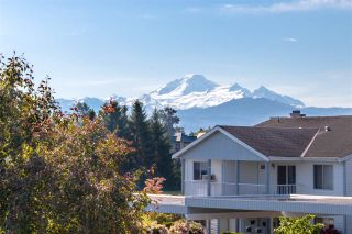 """Photo 18: 68 32691 GARIBALDI Drive in Abbotsford: Abbotsford West Townhouse for sale in """"CARRIAGE LANE"""" : MLS®# R2408776"""