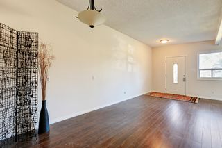 Photo 10: 3123 40 Street SW in Calgary: Attached for sale : MLS®# C4035349