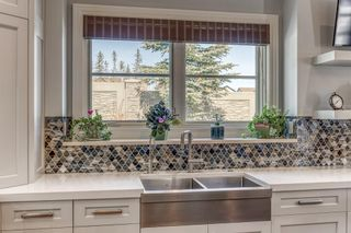 Photo 11: 10 Elveden Heights SW in Calgary: Springbank Hill Detached for sale : MLS®# A1094745