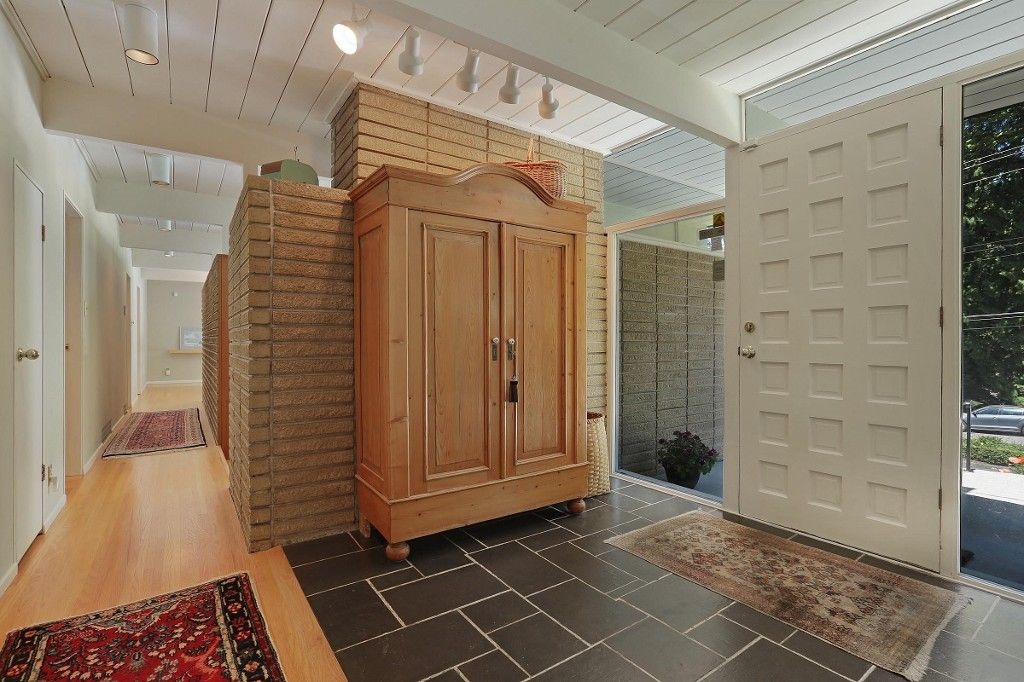 Photo 3: Photos:  in West Vancouver: Eagle Harbour House for sale : MLS®# R2170953