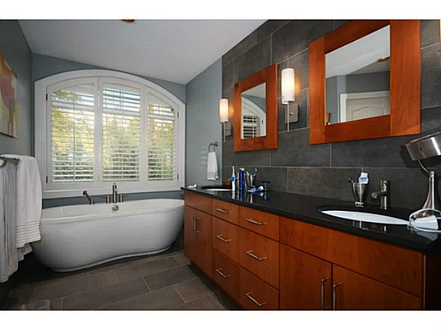 Photo 9: Photos: 2915 TOWER HILL CR in West Vancouver: Altamont House for sale : MLS®# V1027528