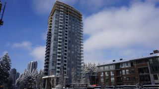 """Photo 1: 2709 3093 WINDSOR Gate in Coquitlam: New Horizons Condo for sale in """"THE WINDSOR BY POLYGON"""" : MLS®# R2340813"""