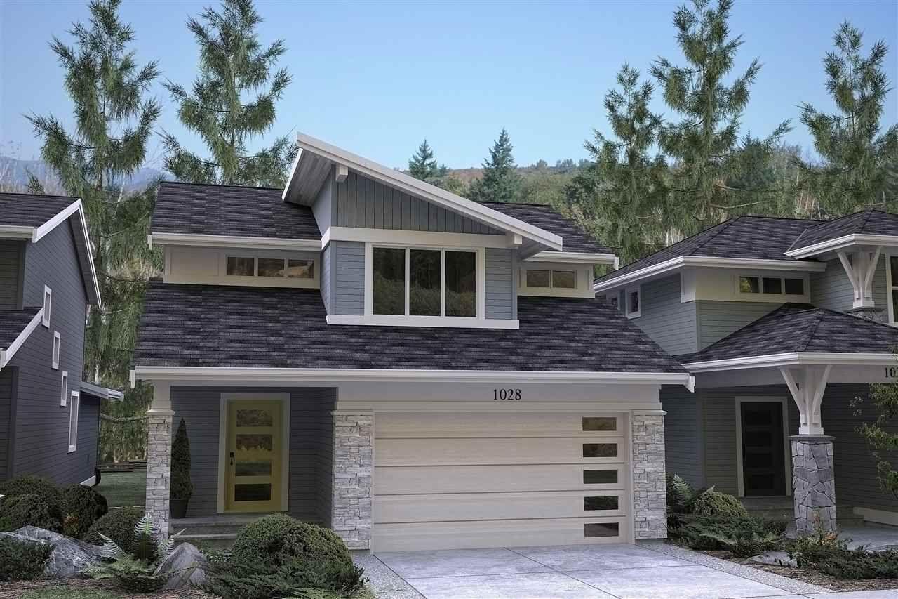 Main Photo: 753 ASPEN Lane: Harrison Hot Springs House for sale : MLS®# R2242137