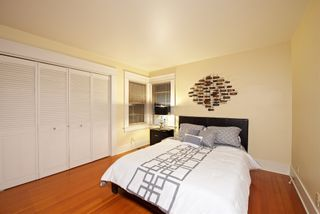 Photo 11: MISSION HILLS House for sale : 3 bedrooms : 3643 Kite St. in San Diego