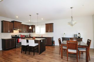 """Photo 4: 24878 108 Avenue in Maple Ridge: Thornhill MR House for sale in """"HIGHLAND VISTAS"""" : MLS®# R2067817"""