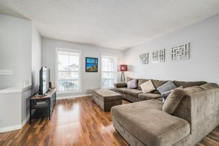 Photo 6: 484 Prestwick Circle SE in Calgary: McKenzie Towne Detached for sale : MLS®# A1101425