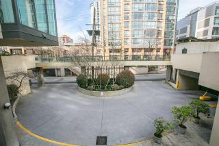 """Photo 4: 2204 1155 HOMER Street in Vancouver: Yaletown Condo for sale in """"CITY CREST"""" (Vancouver West)  : MLS®# R2040880"""