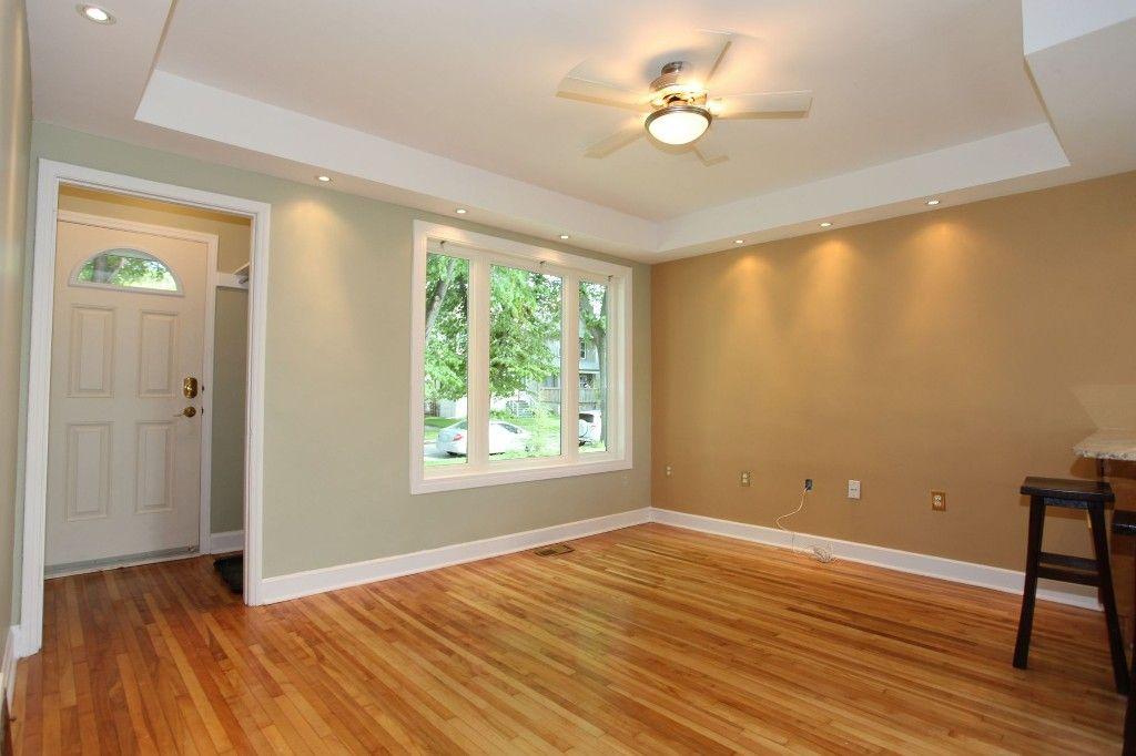 Photo 2: Photos: 1088 Sherburn Street in Winnipeg: West End Single Family Detached for sale (West Winnipeg)  : MLS®# 1414577