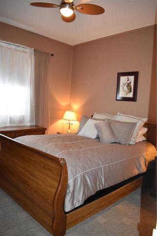 Photo 11: 91 Cedar Avenue in Gimli: Aspen Park Condominium for sale (R26)  : MLS®# 202014045