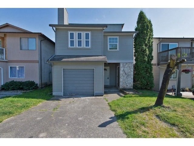 """Main Photo: 122 SPRINGFIELD Drive in Langley: Aldergrove Langley House for sale in """"SPRINGFIELD"""" : MLS®# F1441638"""