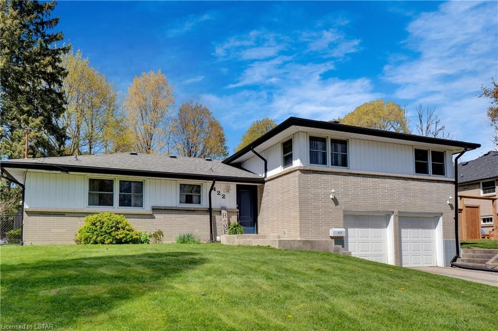 Main Photo: 422 PINETREE Drive in London: North P Residential for sale (North)  : MLS®# 40105467
