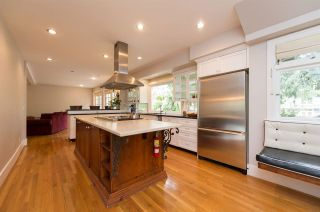 Photo 3: 4655 W 6 TH Avenue in Vancouver: Point Grey House for sale (Vancouver West)  : MLS®# R2607483