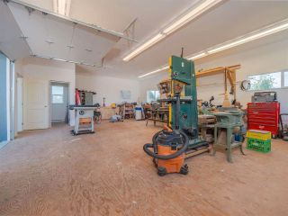Photo 33: 4980 LAUREL Avenue in Sechelt: Sechelt District House for sale (Sunshine Coast)  : MLS®# R2589236