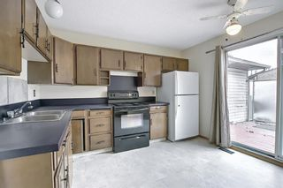 Photo 15: 329 Woodvale Crescent SW in Calgary: Woodlands Semi Detached for sale : MLS®# A1093334