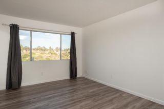 Photo 23: LA JOLLA House for sale : 5 bedrooms : 8373 Prestwick Dr