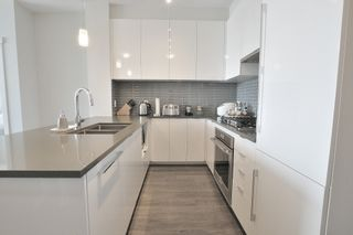 """Photo 9: 418 9388 TOMICKI Avenue in Richmond: West Cambie Condo for sale in """"ALEXANDRA COURT"""" : MLS®# R2274725"""
