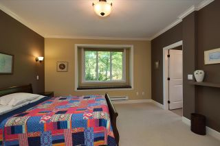 Photo 11: 866 AURORA Way in Gibsons: Gibsons & Area House for sale (Sunshine Coast)  : MLS®# R2387004