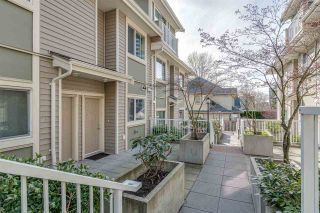 """Photo 13: 5 621 LANGSIDE Avenue in Coquitlam: Coquitlam West Townhouse for sale in """"Evergreen"""" : MLS®# R2355835"""