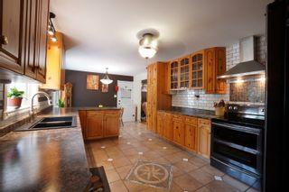 Photo 9: 703 4th Street NE in Portage la Prairie: House for sale : MLS®# 202115922