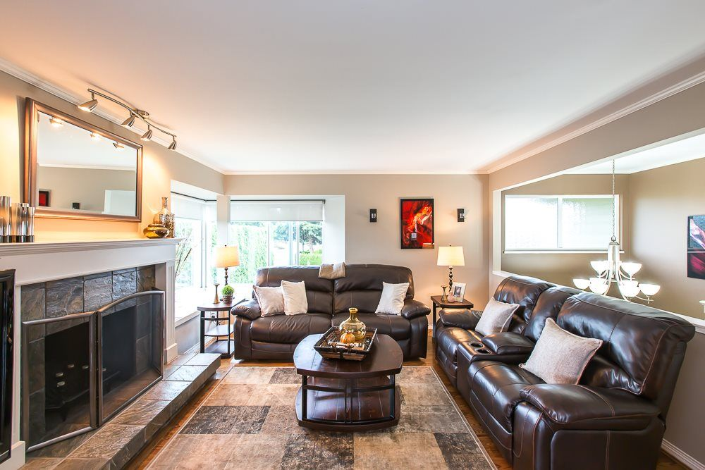 Photo 4: Photos: 601 LIDSTER Place in New Westminster: The Heights NW House for sale : MLS®# R2079374