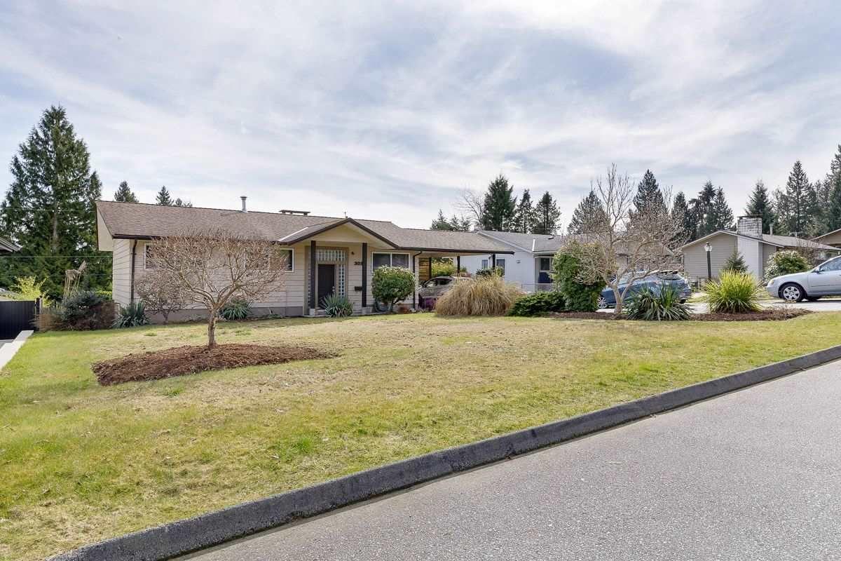 Main Photo: 3033 FLEET Street in Coquitlam: Ranch Park House for sale : MLS®# R2549858