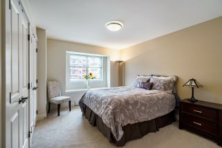 """Photo 12: 106 3382 VIEWMOUNT Drive in Port Moody: Port Moody Centre Townhouse for sale in """"LILLIUM VILAS"""" : MLS®# R2609444"""