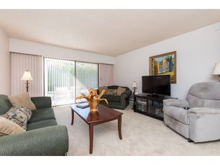 """Photo 12: 75 32959 GEORGE FERGUSON Way in Abbotsford: Central Abbotsford Townhouse for sale in """"Oakhurst Estates"""" : MLS®# R2481280"""