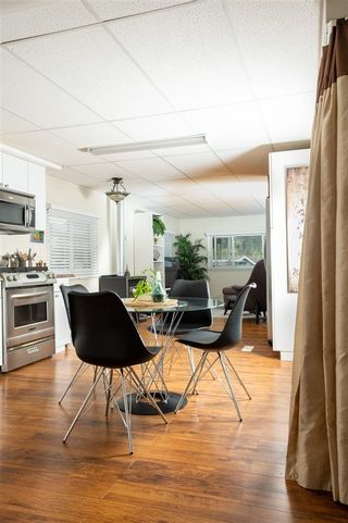 """Photo 6: 13 24330 FRASER Highway in Langley: Otter District Manufactured Home for sale in """"LANGLEY GROVE ESTATES"""" : MLS®# R2305095"""