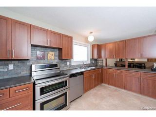 Photo 10: 76 Trowbridge Bay in WINNIPEG: St Vital Residential for sale (South East Winnipeg)  : MLS®# 1405516