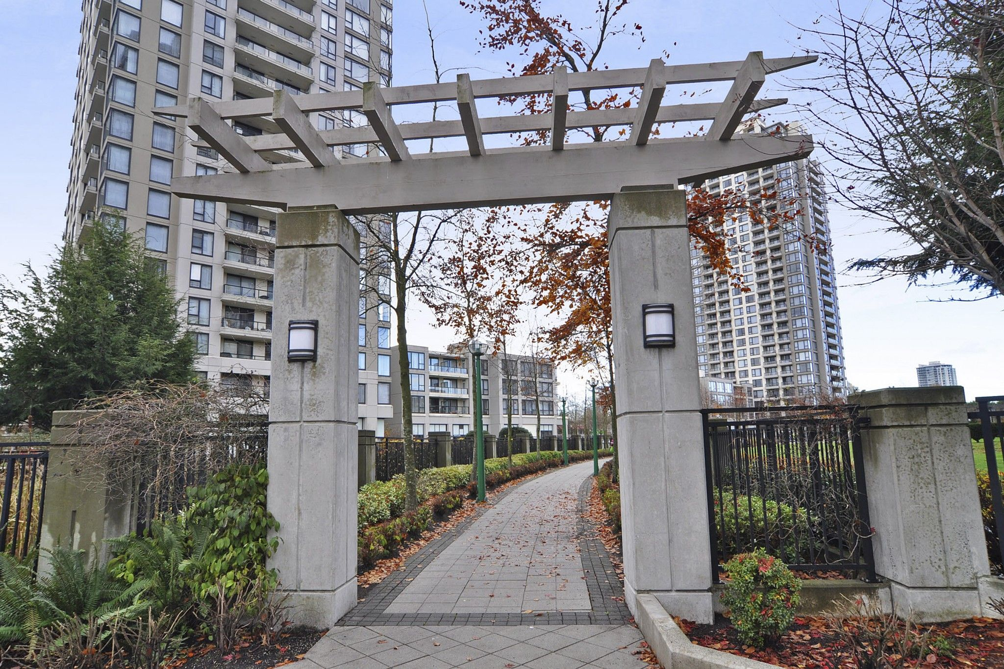 """Photo 18: Photos: 312 7138 COLLIER Street in Burnaby: Highgate Condo for sale in """"STANDFORD HOUSE"""" (Burnaby South)  : MLS®# R2224760"""