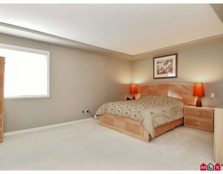 Photo 8: 8455 166A Street in Surrey: Fleetwood Tynehead House for sale : MLS®# F2803791