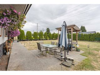 Photo 3: 23389 DEWDNEY TRUNK Road in Maple Ridge: East Central House for sale : MLS®# R2621825