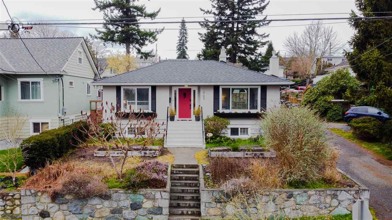 """Main Photo: 1607 HAMILTON Street in New Westminster: West End NW House for sale in """"WEST END"""" : MLS®# R2536882"""