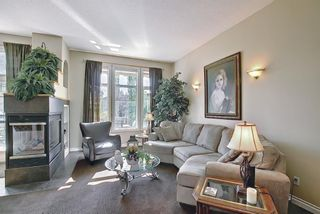 Photo 17: 31 Strathlea Common SW in Calgary: Strathcona Park Detached for sale : MLS®# A1147556