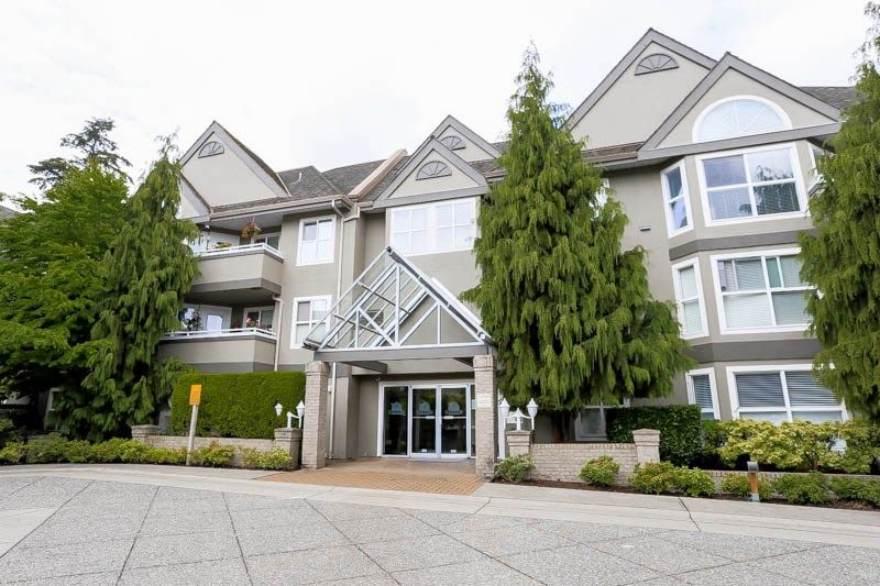"""Main Photo: 114 6557 121 Street in Surrey: West Newton Condo for sale in """"Lakewood Terrace"""" : MLS®# R2083084"""