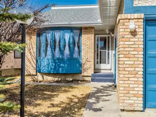 Photo 2: 64 Sanderling Hill in Calgary: Sandstone Valley Detached for sale : MLS®# A1090715