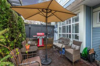 "Photo 5: 7420 HAWTHORNE Terrace in Burnaby: Highgate Townhouse for sale in ""ROCKHILL"" (Burnaby South)  : MLS®# R2355467"
